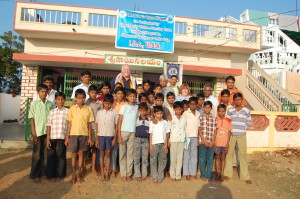 Gajapathinagaram Hostel Boys with Rotarians Pat Merrryweather, Chuck Newman, and Prakash Tata